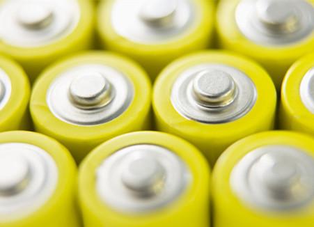 新一代锂电池神秘面纱将揭开 关注相关主题基金