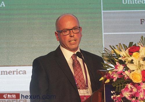 美国史塞克公司史塞克 Flex 金融副总裁兼总经理James Cress