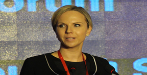 CME集团全球清算业务总经理蒂娜・哈森普施
