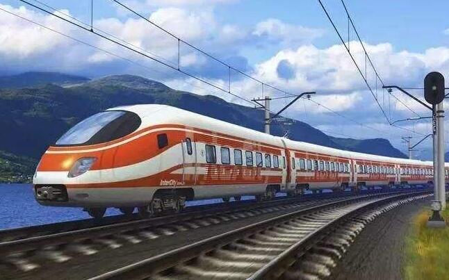 中国铁路总公司总经理陆东福2日外示,今后铁路部分将追求构建变通可控的高铁票价调整机制,强化一日一价、一车一价可走性钻研并择机试点。(1月2日《新华网》)