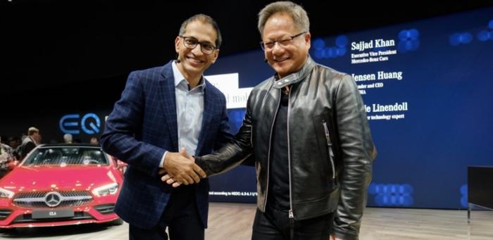 盖世汽车讯 当地时间1月8日,德国梅赛德斯-奔驰(Mercedes-Benz)宣布与英伟达公司(NVIDIA)合作,共同研发下一代奔驰汽车。此次合作建立在两个公司长期合作的基础上。