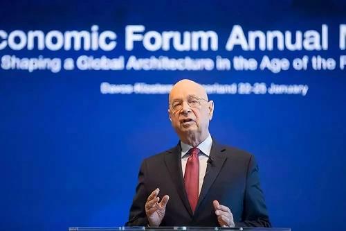 1月15日,在瑞士日内瓦,全国经济论坛开创人兼履行主席克劳斯·施瓦布列席记者会。新华社记者徐金泉摄