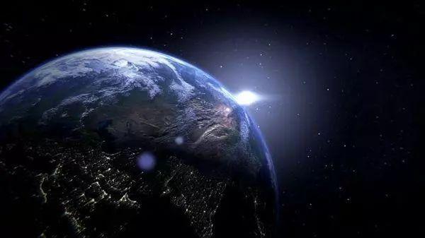 文科生给你讲讲《流浪地球》里的科学硬核