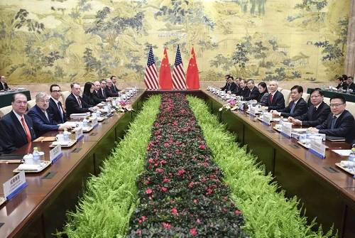 2月14日,中美高级别经贸磋商现场。