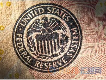 鲍威尔称美国经济稳健但将放缓,分析师警告美联储或被迫降息 PRIBIZCO