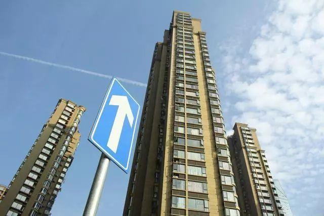 推荐:楼市回暖房价要上涨?购房者开发商别被带沟里,官方如此回应