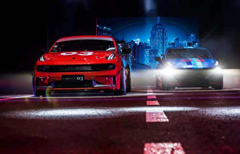 2019年,车市仍有下滑的可能性。吉利在报告中指出,现存政治及经济不明朗因素将继续影响中国乘用车市场,或会导致目前对汽车需求放缓的情况持续至2019年。此项隐忧加上中国市场的激烈竞争,将继续为中国汽车制造商在2019年的销售表现及盈利能力带来压力。