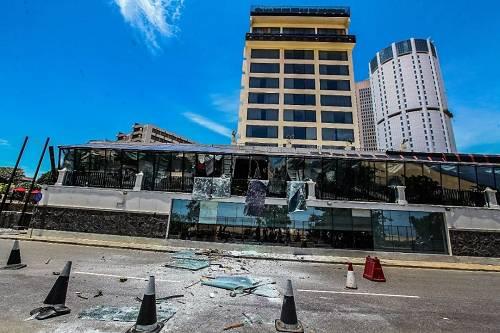 在爆炸中受损的某家斯里兰卡酒店。图/视觉中国