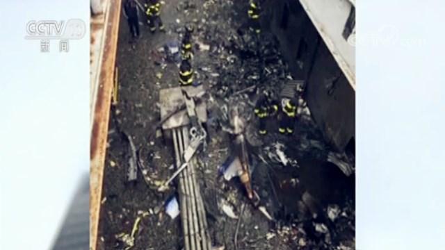 恐怖袭击?迫降失败?美国一直升机楼顶坠毁