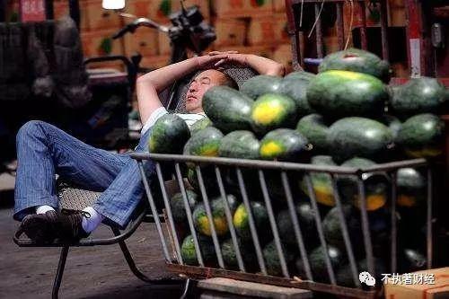 是什么原因导致今年西瓜价格大跌?