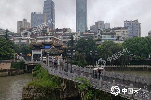 贵州强降雨进行时 17日前多地暴雨频现
