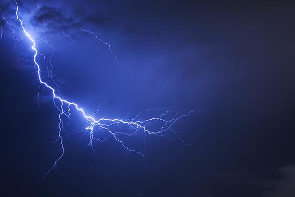 河北发布雷电黄色预警!今年下午到夜间小心强对流天气!