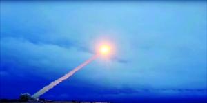 """俄疑似测试新型核动力导弹失败                                                 一些俄媒推测,近日发生爆炸的火箭试验可能是""""海燕""""核动力巡航导弹测试"""