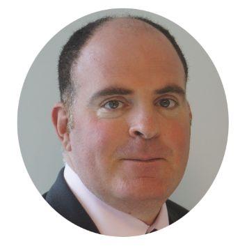 Antonio Senatore德勤区块链全球首席技术官Antonio负责领导技术研发、技术路线图规划、实验室技术架构与基础架构搭建以及实验室技术运营模式设定等工作。Antonio 也是德勤全球区块链(Deloitte Global Blockchain)团队的首席技术官。Antonio 在IT行业拥有超过15年的专业工作经验,工作内容覆盖软件开发、技术架构、企业架构、数据架构、大数据架构与战略、数据仓储与高级分析、区块链及密码学等领域。