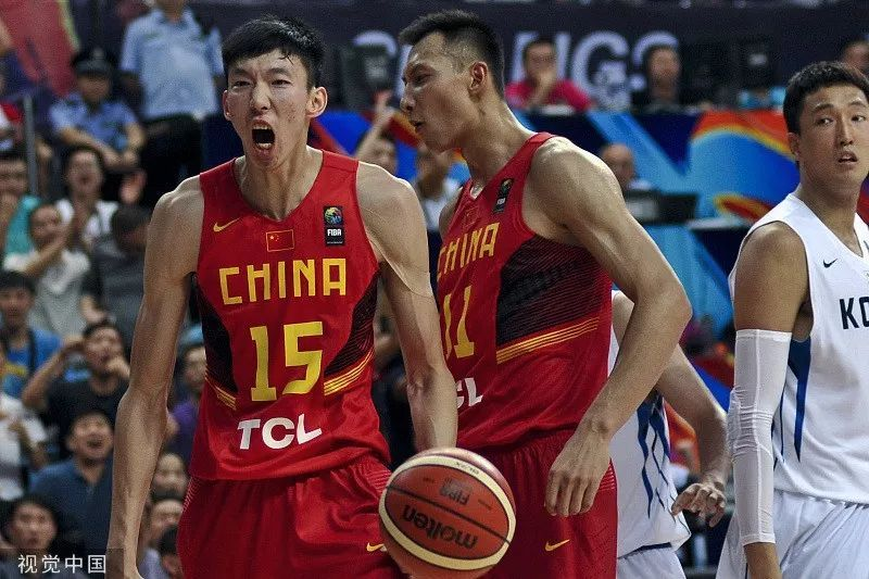 话题丨央视罕见点名批评中国男篮球员周琦等人