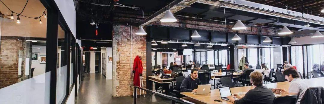 WeWork估值缩水八成,被曝在纽约裁员!创始人表悔意,为稳定员工信心承诺年内完成上市