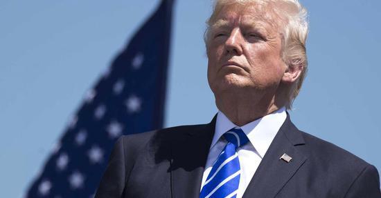 <b>亚马逊发言人批评特朗普:不爱国、撒谎、干涉美联储</b>
