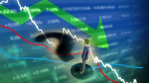 年内最惨A股基金如何亏掉18%?股票仓位漂浮不定,追涨杀跌还踩雷,三个季度换三打法