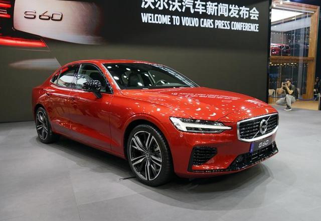全新迈腾/宝马X6领衔,广州车展有亮点的10台车
