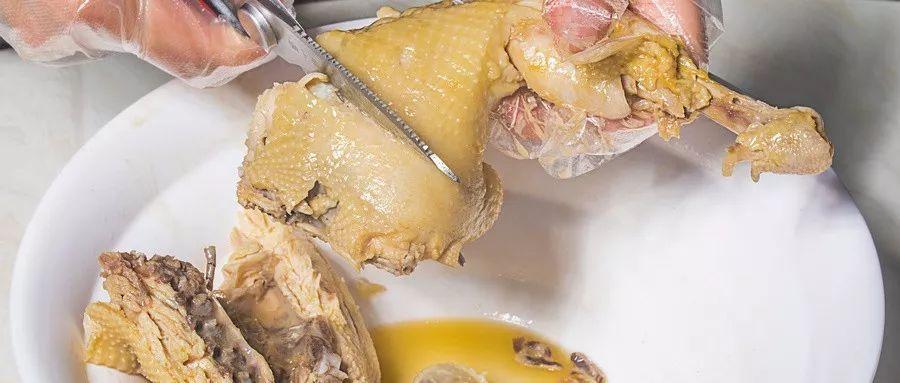 禽肉已成全球消费最多的肉类!农业农村部:吃禽肉更健康,医生用嘴吸尿救人