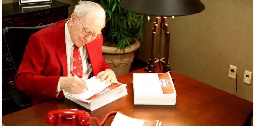 """「乐百家游戏的登录网址」别人家的圣诞礼物!比尔盖茨送""""猫"""",巴菲特送1万美元股票!"""