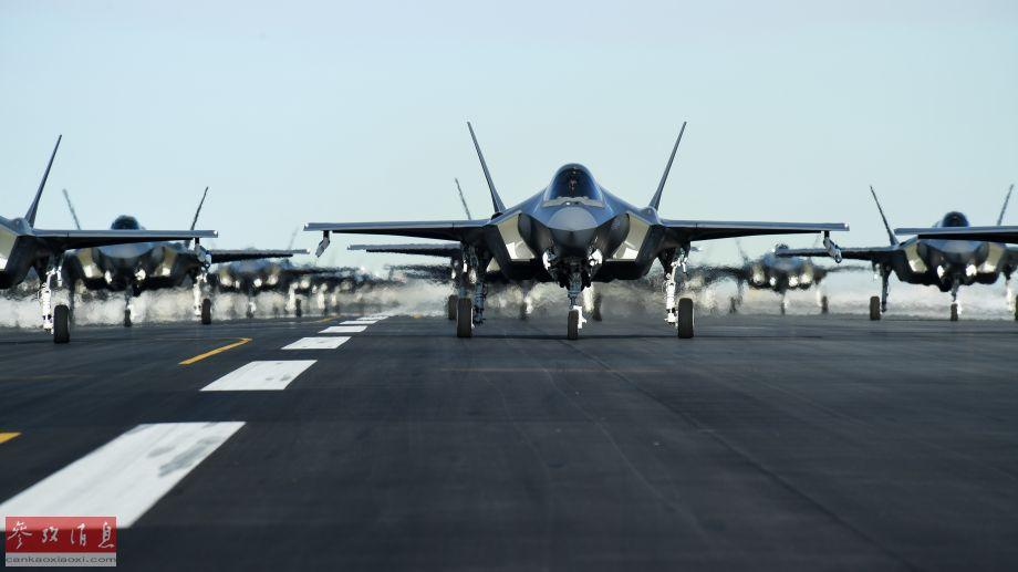 因为采用了S形进气道设计,从正面拍摄的F-35A战机,无法直接望到发动机叶片,具有较强的雷达隐身能力。
