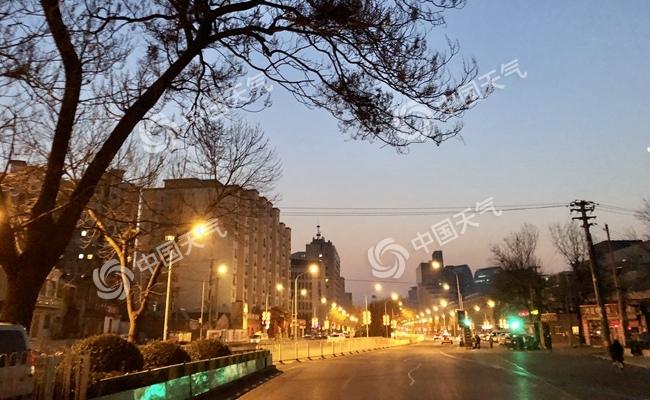 """北京新冷空气明天""""到货""""阵风5级 除夕最高温仅3℃"""