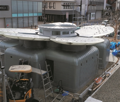 """日本耗巨资建""""第一公厕"""" 灵感来自松尾芭蕉的樱花名句"""