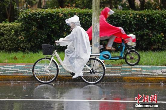 江南等地再有连阴雨 部分地区有暴雨并伴有雷电天气