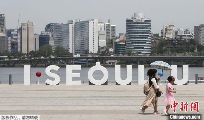 韩国首都圈教会现集体感染 疫情致猪价飙升