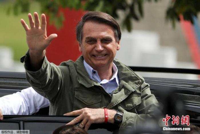 巴西总统称自己可能感染新冠病毒 或将再次接受检测