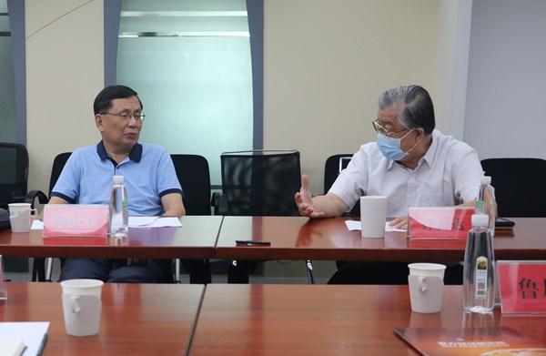 新疆建设兵团党委常委鲁旭平一行到访研究院