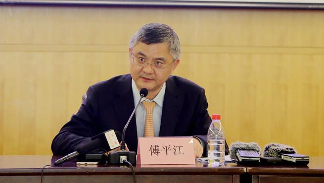海南银保监局傅平江:金融支持自贸港建设 要放得开、管得住