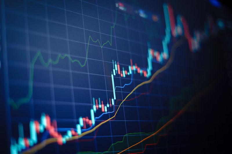 5上市险企10月保费环比降三成,人保财险、平安产险单月保费负增长