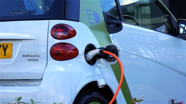 usdt无需实名买卖(caibao.it):2021年新能源汽车补助尺度在2020年基础上退坡20% 第1张