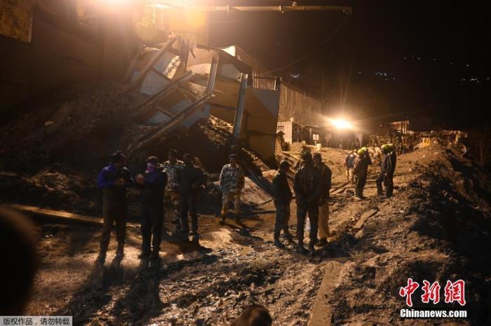 印度北部冰川断裂已26人遇难 仍有171人失踪