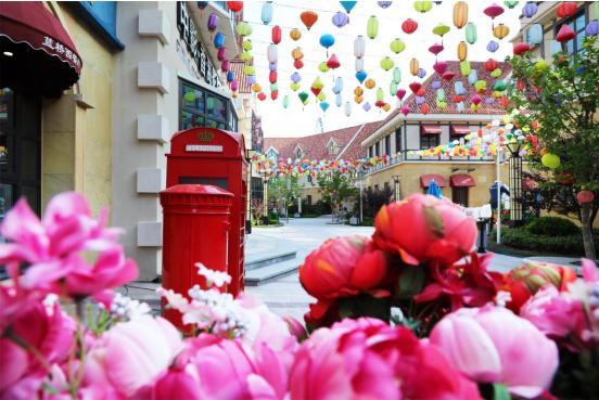 当婚纱遇见欧洲小镇,一次浪漫邂逅在那香海展开