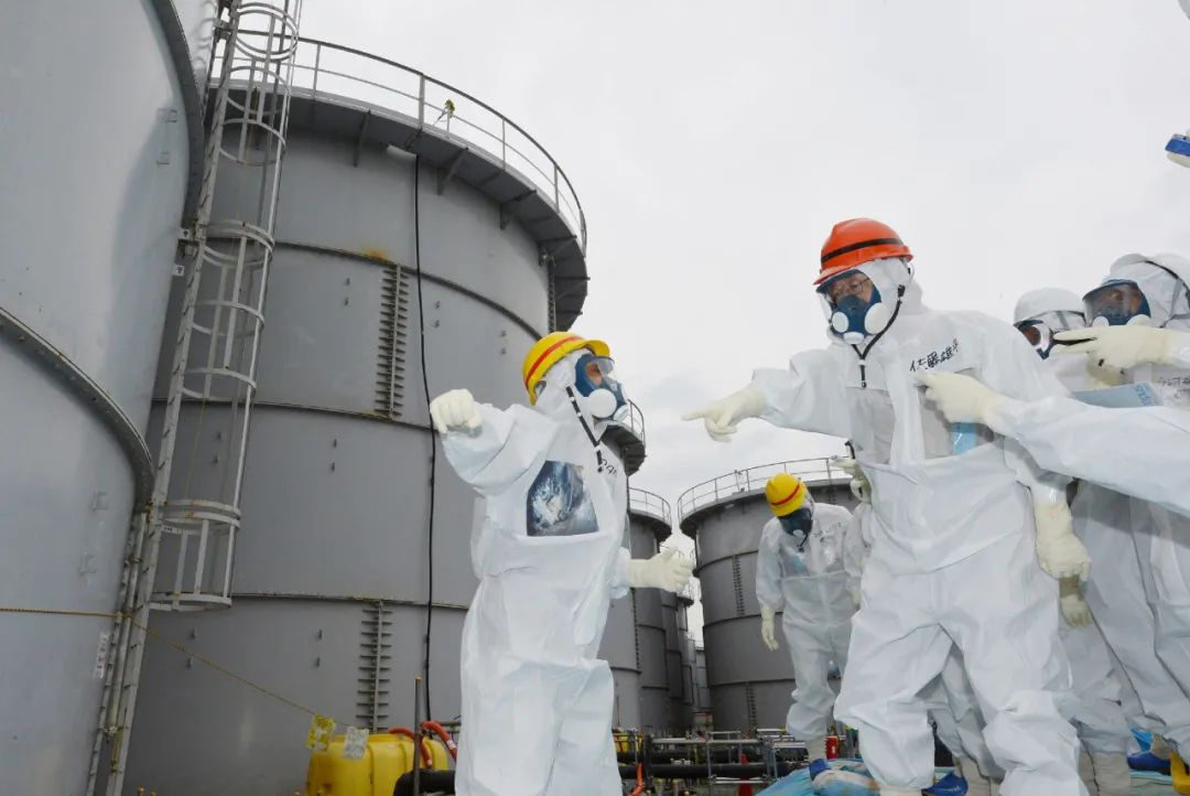 日本正式决定将福岛核废水排向大海!57天可污染大半个太平洋,海鲜还能放心吃吗?