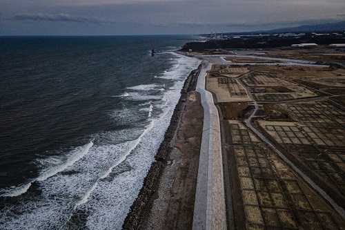 美媒:日本向大海排放福岛核电站污染废水遭到亚洲近邻强烈反对 中国韩国态度坚决