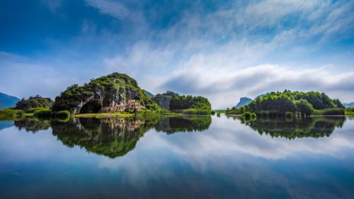 康旅集团再传捷报 普者黑正式获牌国家AAAAA级旅游景区