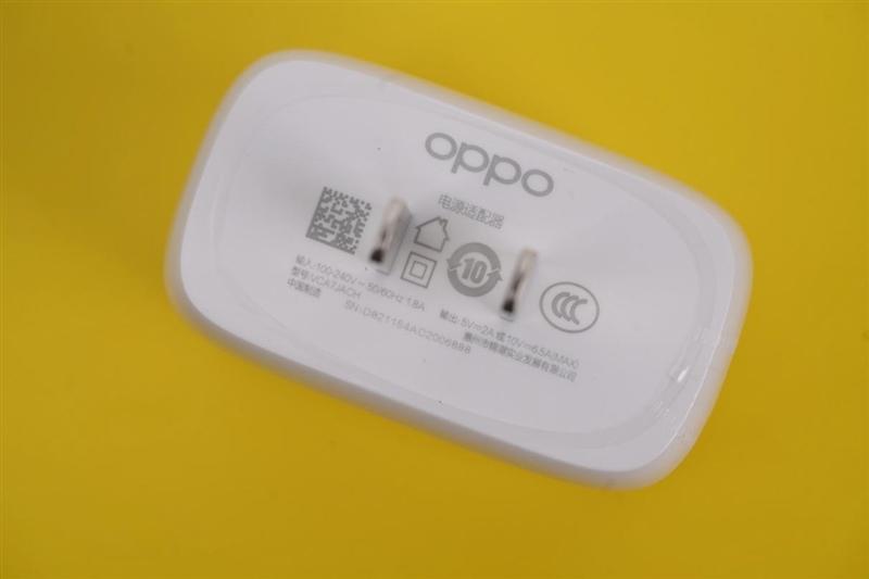 """手机自带""""化妆师""""!OPPO Reno6评测:变方了 也变美了"""