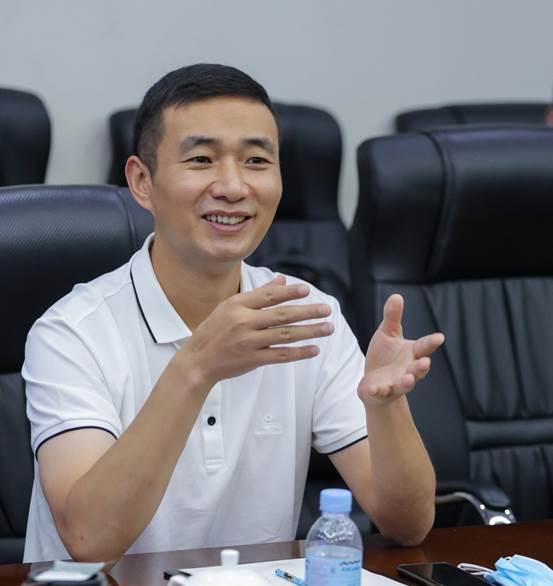 红星美凯龙家居集团IMP总裁陈运现场说话