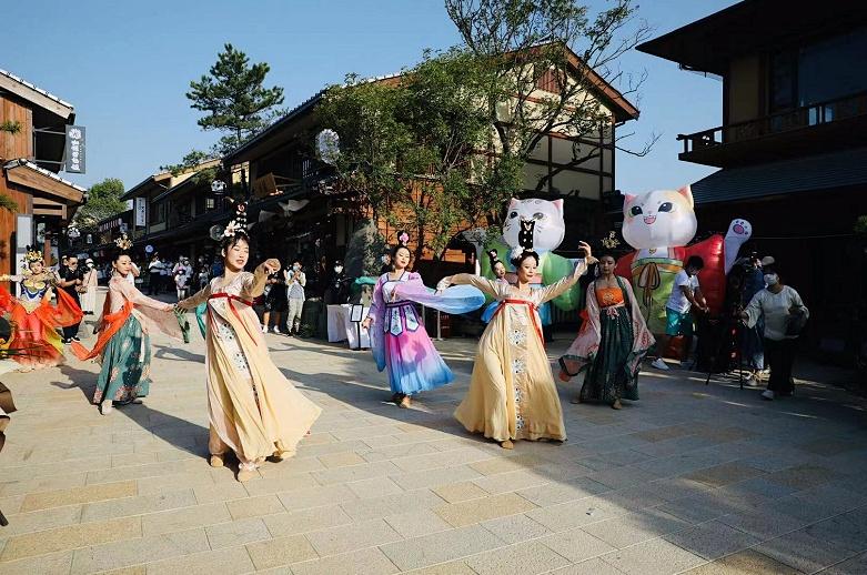 小京都商業街新開業才一周突然停業 存在過多的日本文化元素