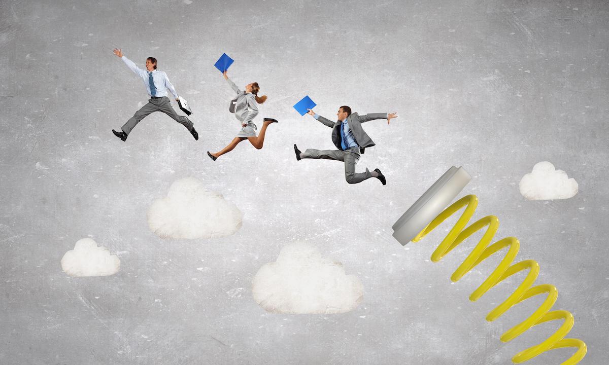 909万毕业生涌入职场,360招聘行业报告解读就业趋势变化