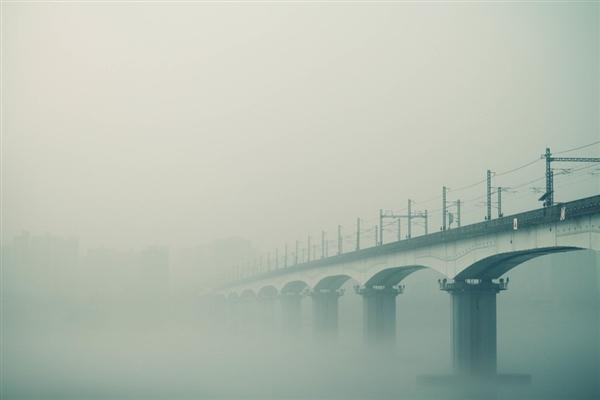 空气污染致寿命减少9年:印度建造净霾塔 网友:除霾全靠吹
